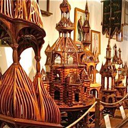 Безкоштовно музеї у першу неділю місяця, з 1-ого жовтня до 31-ого березня